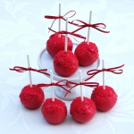 berry-red-cake-pops