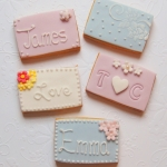 iced-biscuit-favours