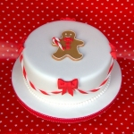 gingerbread-man-christmas-cake