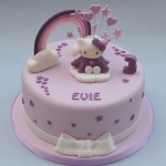 lilac-hello-kitty-cake