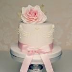 pink-anniversary-cake