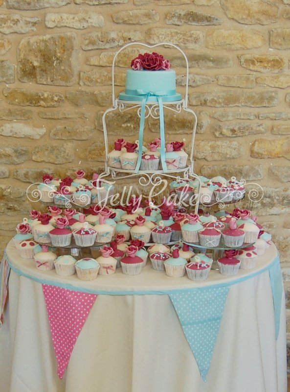 pink-and-turq-wedding-cupcake-tower