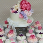 cottage-garden-wedding-cupcake-tower