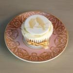 gold-birds-cupcakes