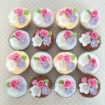rose-and-blossom-cupcakes