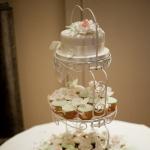 vintage-roses-wedding-cupcake-tower