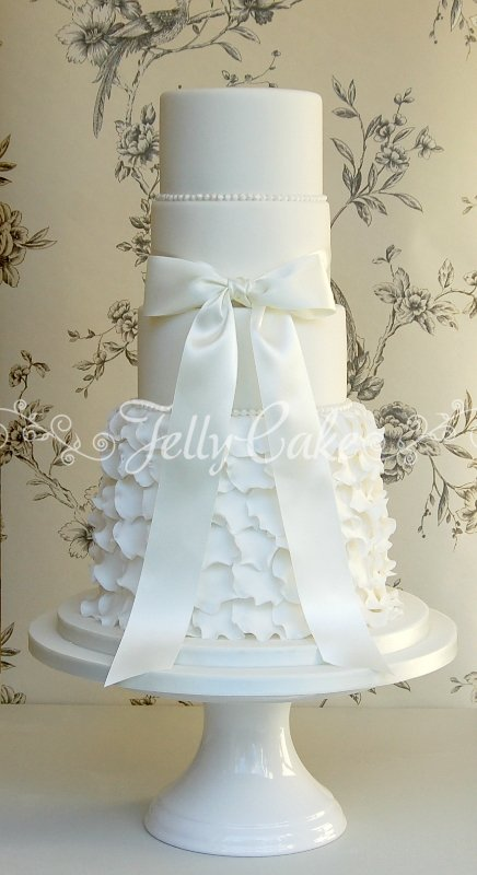 5 Tier Frills Wedding Cake 7
