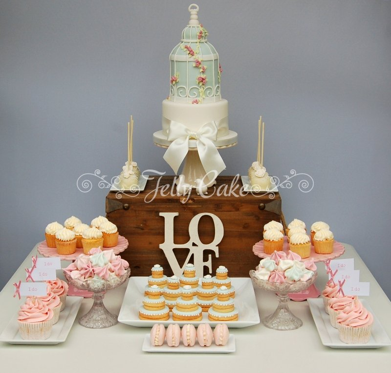 Wedding Sweet Table: Bird-cage-wedding-dessert-table-5