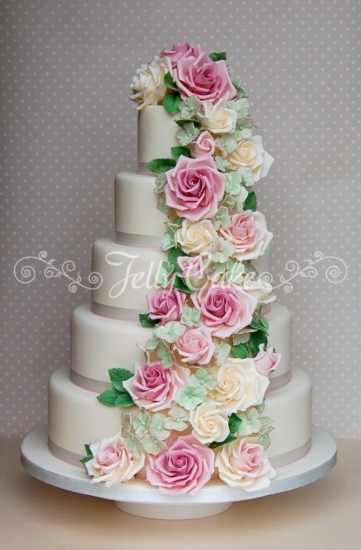 rose-and-hydrangea-cascade-wedding-cake-1