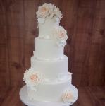 peaches-and-cream-wedding-cake