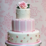 pink-roses-and-blossoms-wedding-cake-10