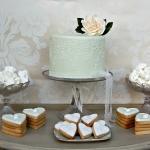 vintage-dessert-table