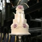 vintage-lilac-wedding-cake-2