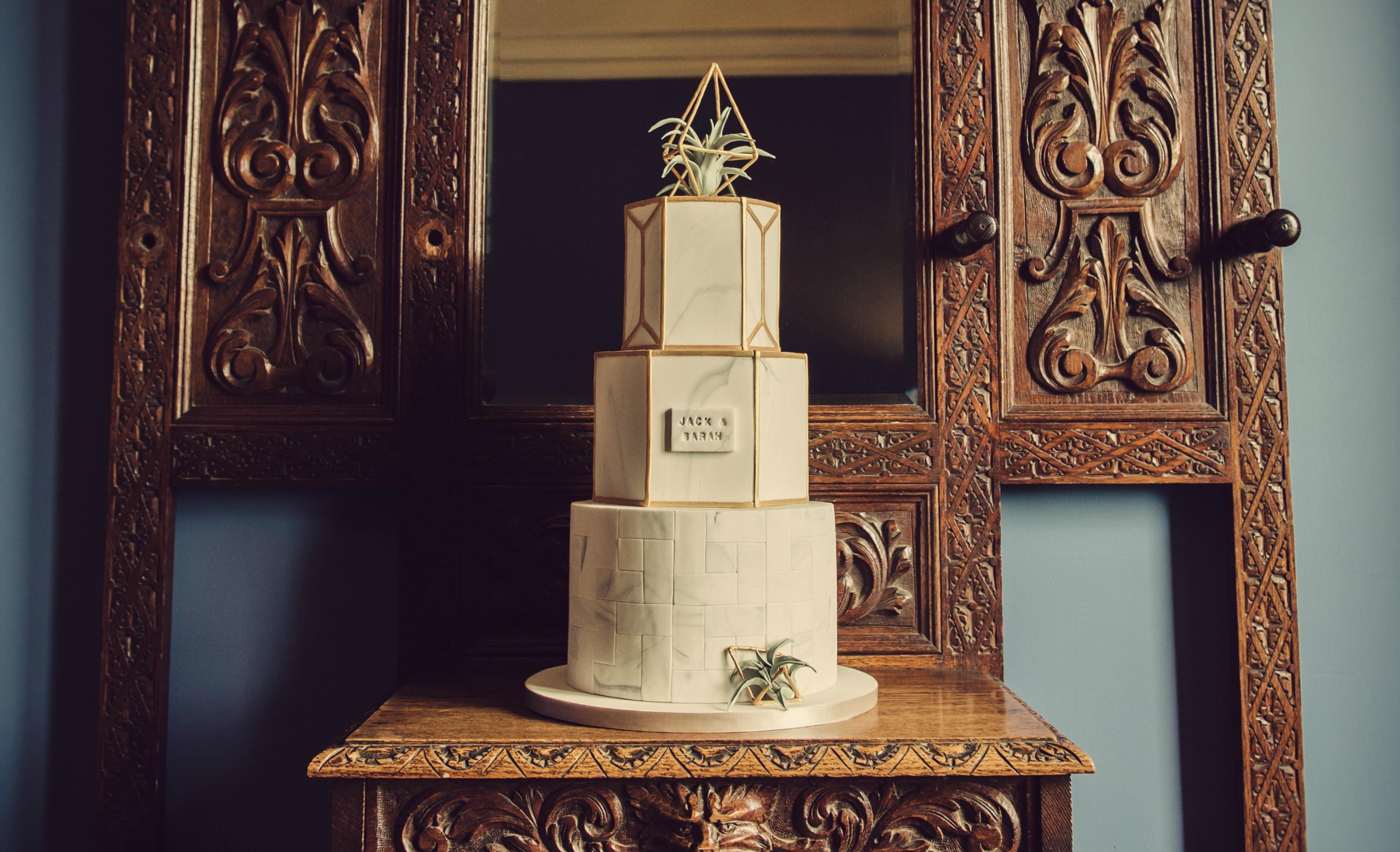 JellyCake - Modern Marble Wedding Cake