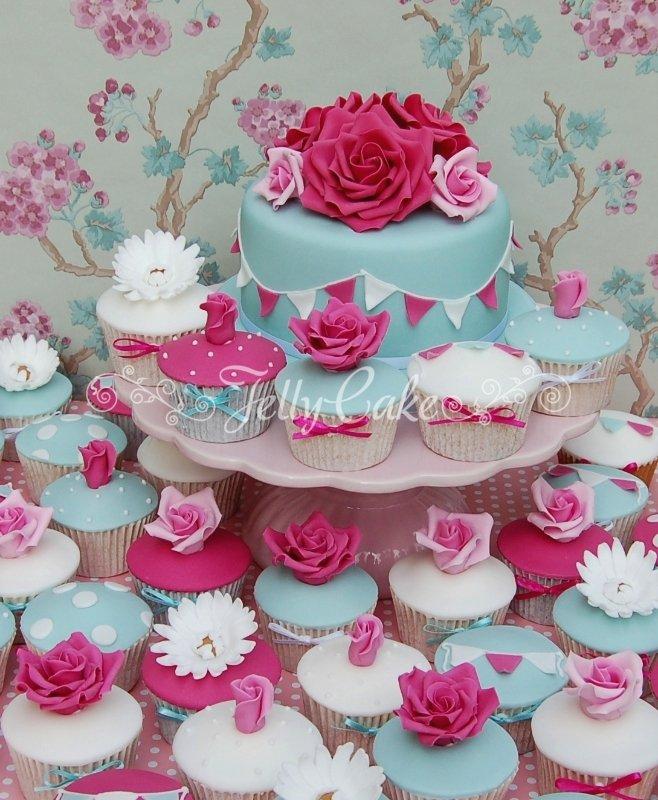pink-roses-wedding-cupcake-tower