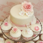 dusky-pink-wedding-cupcake-tower
