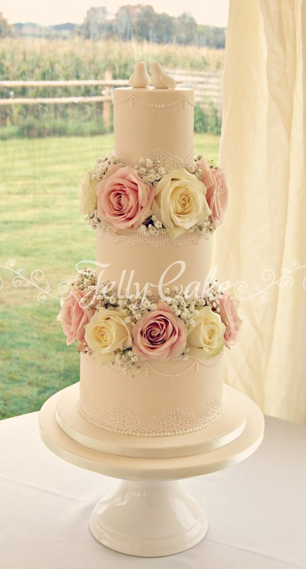 love birds & lace wedding cake