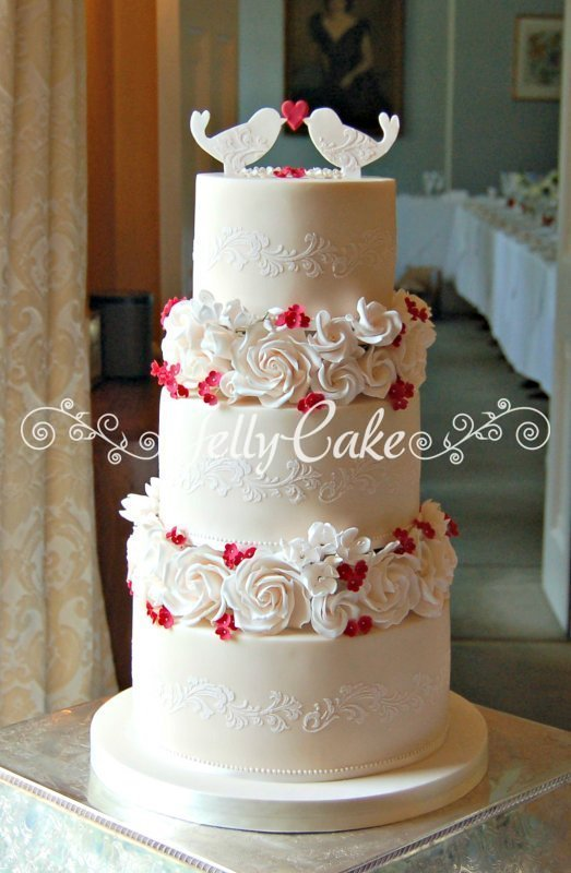 scarlett love birds wedding cake