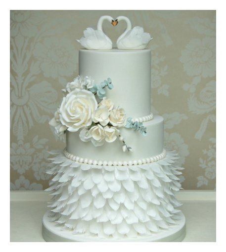 swan wedding cake a feathery cotswold wedding tracey and robin s swan 20670